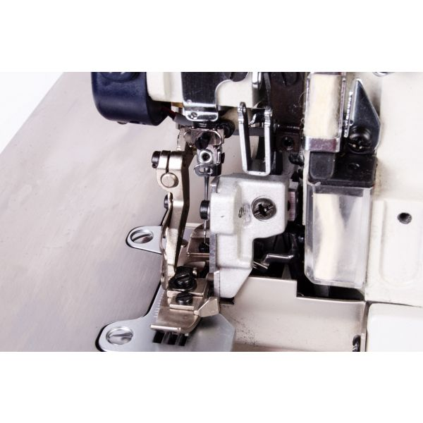 Máquina de Costura Industrial Overlock Direct Drive SS93-D-SP-BR Sun Special